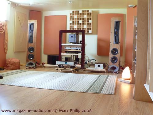 a l 39 aide probleme d 39 acoustique dans une piece cin son. Black Bedroom Furniture Sets. Home Design Ideas