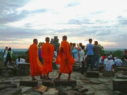 吳哥窟巴肯山上的僧侶
