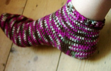 Knitting Socks Tutorial : Socks that fit now with tutorial crochet
