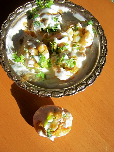 Fenugreek Leaf Pooris in Dahi Chaat with fresh coriander leaves