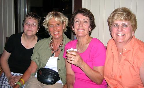 Dianne Hagglund, Linda Davidson, Marianne Jim & Linda Anderson