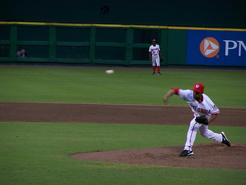 Ramon Ortiz pitches to Finley
