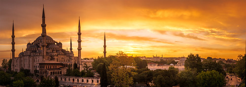 Sultanahmet Camii (aka the Blue Mosque), Istanbul - Turkey