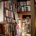 莎士比亞書店二樓一隅