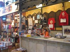 Libreria en el mercado