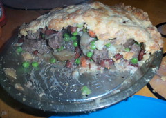 Steak and Kidney (bean) pie cutaway