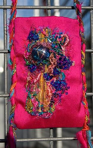 Mum's pouch