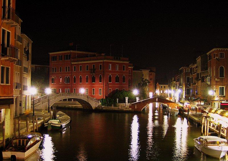 Venecia con nocturnidad y alevosia