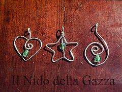ciondolo-01-02-03-filo + perlina verde