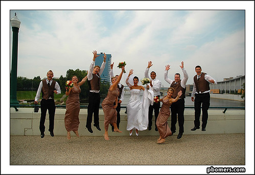 wedding people jumping...yay ;)