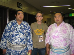 Andy with two Sumo wrestlers