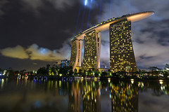 Marina Bay Sands (Singapore) photo by spintheday