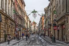 Krakow shopping street - Florianska photo by Jarod Carruthers