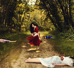 Revenge of Snow White photo by AmyJanelle