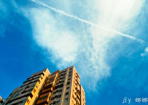 Sky photo by 娜 娜☂Nana