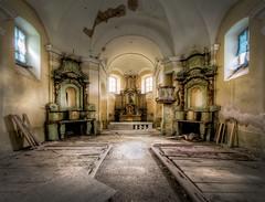 The Yellow Chapel photo by daanoe.nl
