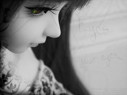 Eyes... your eyes...
