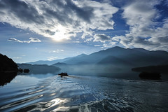 The Lake, in the morning photo by perahia
