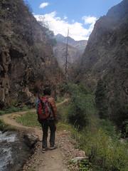 Hike to Ninong photo by Nomad China