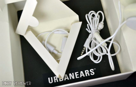 Accessories that came with Urbanears Tanto Headphones