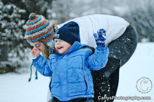 Kyton playing in the snow-13.jpg