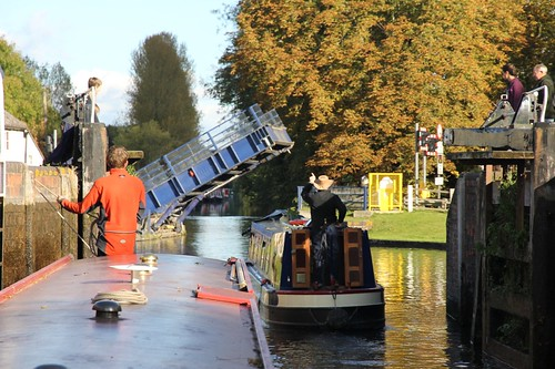 London Oct 14 Canal 038