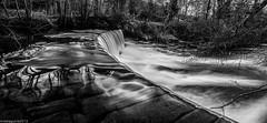 Aguas de metal photo by Perluti