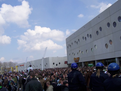 8226981290 c9c93ef89e FC Groningen   Ajax (brand Euroborg), 13 april 2008