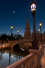 Blue hour in Sevilla photo by Michel Couprie