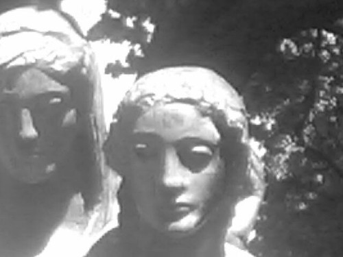 Statues of Sisters in Stephens Green