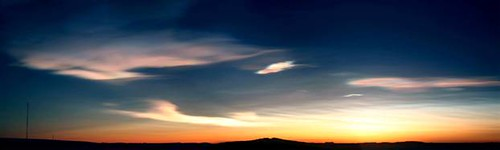Nacreous_clouds_hlrg_6a.hlarge
