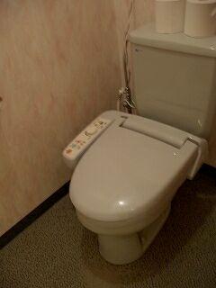 20060520 魚半日吉苑 トイレ