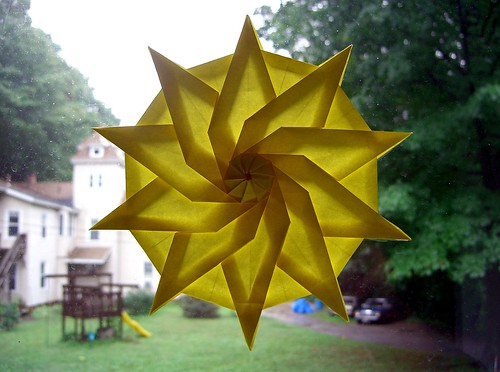 10 Pointed Twist Star