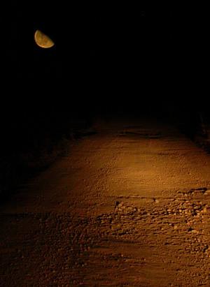 Luna en el camino