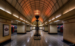 Gants Hill Underground photo by LeePellingPhotography.co.uk