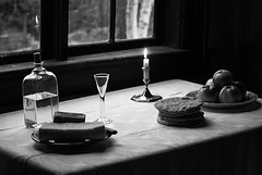 Table photo by Xerethra