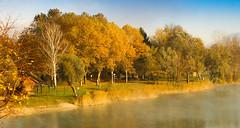 Lake / Lac de La Terrasse photo by f1ijp