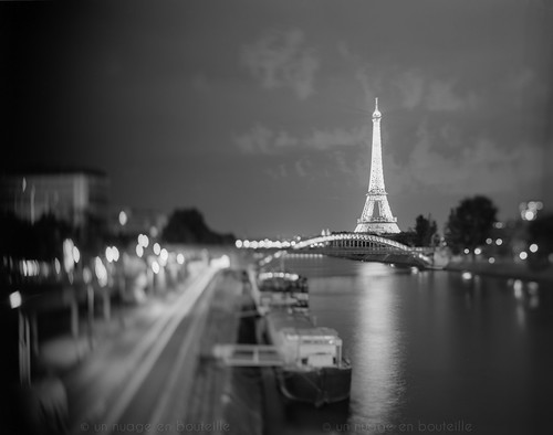 A Paris coule la Seine - II photo by Vincent Montibus