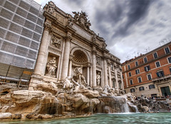 Trevi Fountain photo by Jonathan Ablitt