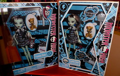 Monster High Frankie Stein   second edition 2012 comparison box photo by super.star.76