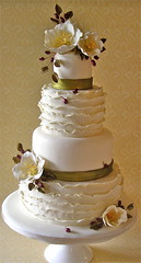 winter wedding cake photo by nice icing