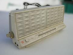 ipod retro boombox