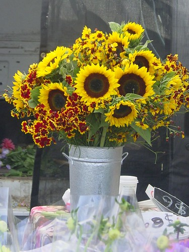FM Flowers