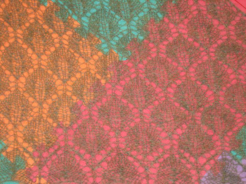 Leaf Lace Shawl blocking. Body detail