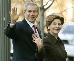 laura_bush_wideweb__430x358