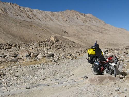 What a road! Steep, rocky, sandy - Khargush Pass (4300m), Tajikistan / こりゃ道路じゃない!(タジキスタン、ハルグシュ峠(4300m))