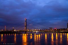 Rhein-Knie-Brücke Düsseldorf photo by moni-h