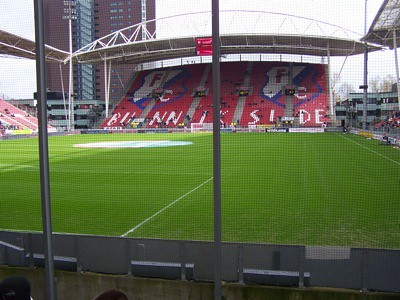 8210219289 2bde1249ee Uitvak FC Utrecht