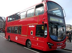 Metroline VW1365 on route 24  Trafalgar Square 25/11/12. photo by Ledlon89