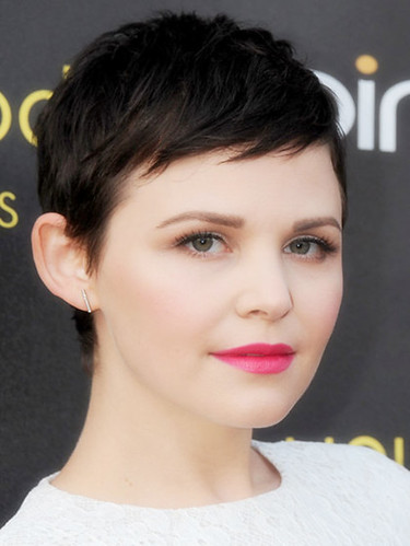 hairstyles-with-bangs-ginnifer-goodwin-short-bangs